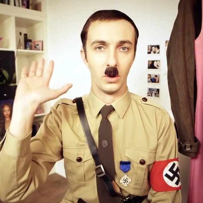Böhmermann Hitler