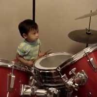einjaehriger-drummer_feat