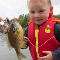 funny-boy-fishing_feat