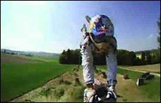 motorrad-sprung-slomo_big