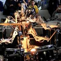 robot-drummer_feat
